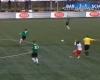 El árbitro le rompe la nariz a un jugador en Holanda