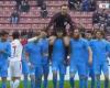 Así pidieron perdón los jugadores del Trabzonspor al árbitro