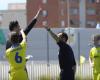 ¿Cómo reaccionarías si un árbitro te expulsa de tu partido?