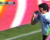 Una amonestación por besar el escudo en la celebración de un gol