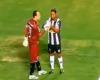 Ronaldinho se echa un trago y acaba marcando gol