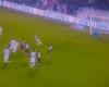 La colocación del árbitro en un penalti bien repetido
