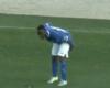 Un jugador portugués celebra un gol… ¡enseñando el culo!