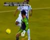 ¿Es infracción contra el guardameta la pillería de Ronaldinho?