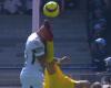 Vídeo-encuesta: ¿Es expulsión esta chilena de la Liga MX?