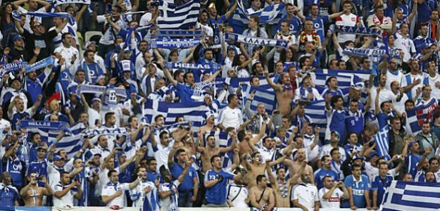 Grecia se queda sin fútbol por la agresión a un exárbitro