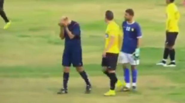 Un árbitro rompe a llorar por insultos a su madre