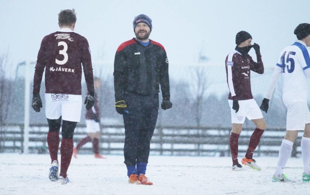 En Islandia, los árbitros son los padres... ¡y no pasa nada!