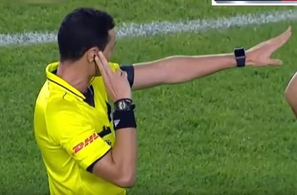 """""""Prefiero que se equivoque un árbitro a que se equivoquen siete"""""""