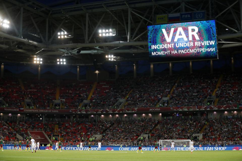 Más VAR: Velasco lo explica muy bien y la FIFA empieza a verlo en el Mundial