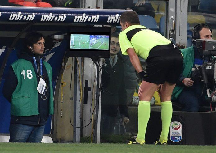 """La UEFA rechaza el VAR en la próxima Champions porque """"aún existe confusión"""""""