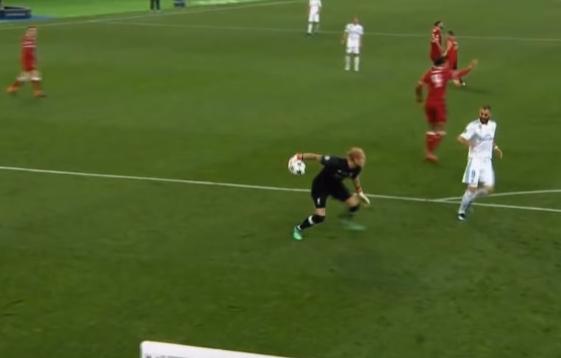 Las dudas sobre el gol de Benzema ante el Liverpool