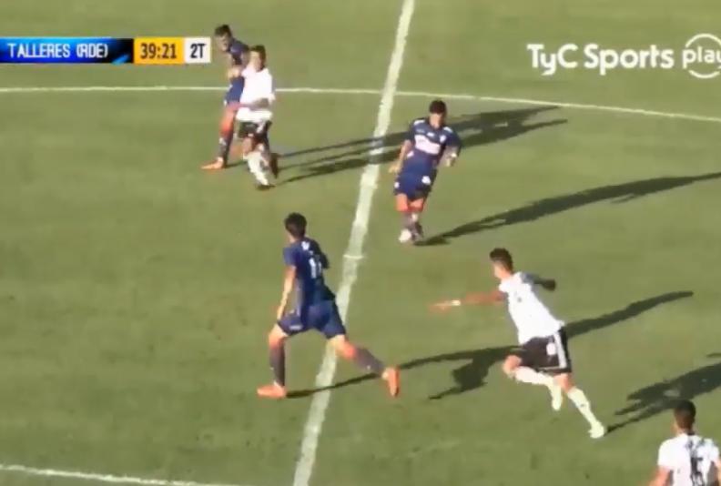 Un gol bien anulado con una dudosa explicación del árbitro